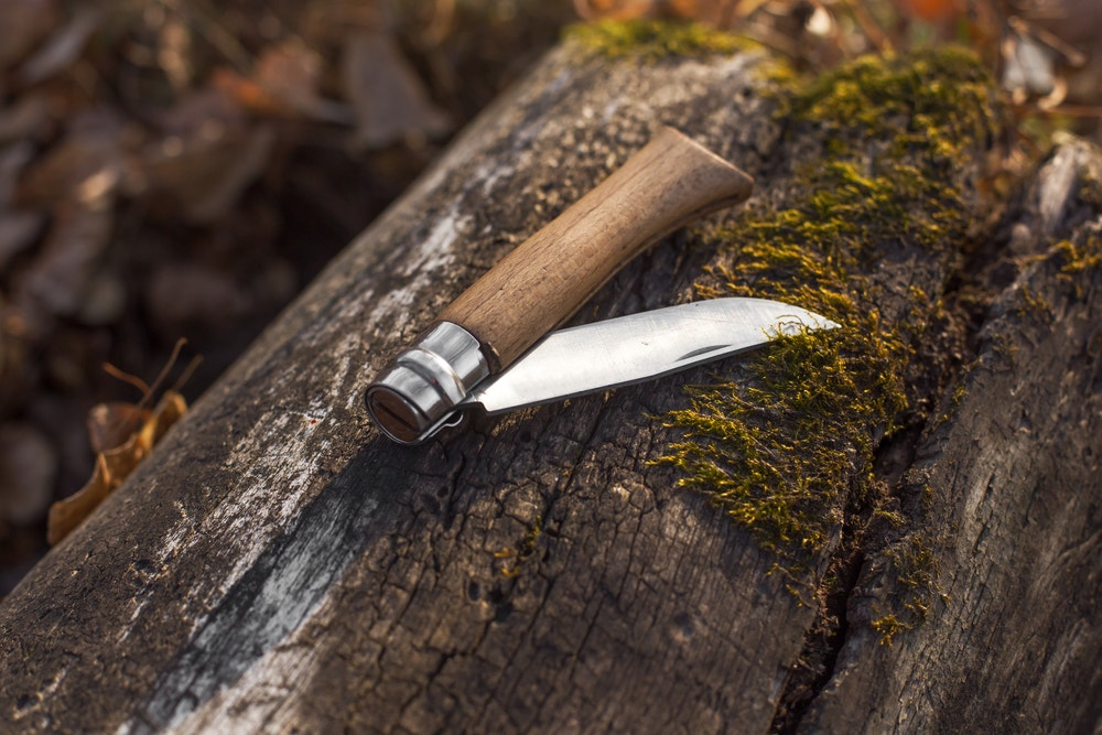 Folding Knives or Fixed Blade Knives – Which is Best?